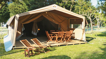 Safari tent-sleeps 6