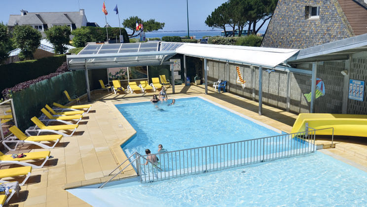 la-trinite-sur-mer-la-baie-campsite-south-brittany-pool