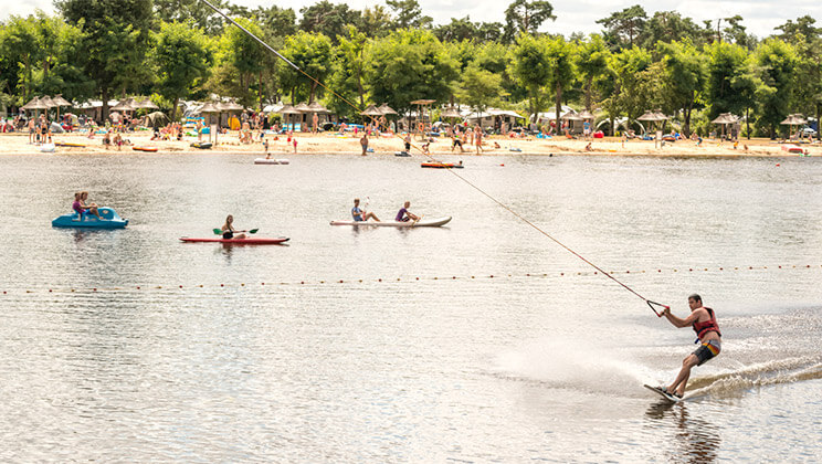 Pierrefitte-Les-Alicourts-Resort-Loire-water-sports